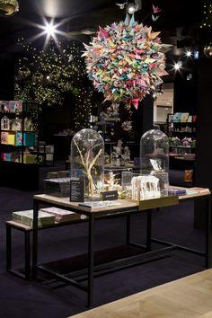 La boule origami de la Galerie Imaginaire - Mon Petit Art Origami, Crown, Table Decorations, Inspiration, Home Decor, Art, Christmas 2015, Biblical Inspiration, Art Background