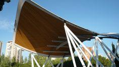 Paraboloide hiperbólico. Auditorio parque Arias Navarro (Madrid, 2010) Arquitecto Cleto Barreiro