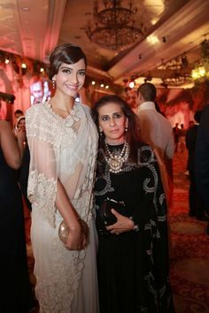 At the recent Bvlgari & Anamika Khanna show in Delhi. She's wearing diamond jewellery with a lace sari. Perfect. Shop your wedding jewellery with a stylist. Bridelan - a personal wedding shopper & stylist. Website www.bridelan.com #Bridelan