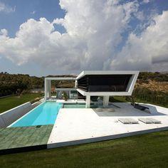 + Arquitetura :     Casa projetada por 314 Architecture Studio e localizada em Atenas (Grécia).