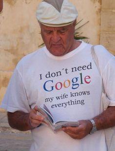 オジちゃんが着てるこのTシャツ、ホント素敵。