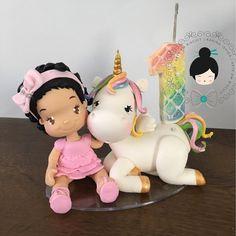 """297 Me gusta, 12 comentarios - Karina Ishida Biscuit (@karinaishida_biscuit) en Instagram: """"Mais um unicornio #unicornios #topodebolo #velapersonalizada #coldporcelain #biscuit #ideiasfestas…"""""""