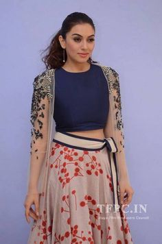 Ethnic Outfits, Ethnic Dress, Indian Celebrities, Bollywood Celebrities, Celebrity Outfits, Celebrity Style, Urban Outfits, Cool Outfits, Fashion Beauty