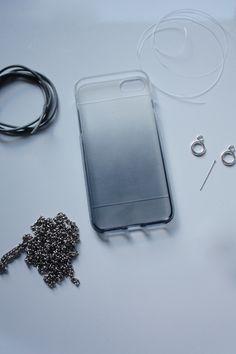 DIY Handy Necklace | Eine Handykette einfach selber machen Arts And Crafts, Diy Crafts, Diy Blog, Diy Necklace, Beaded Jewelry, Diy Projects, Chain, Beads, Create