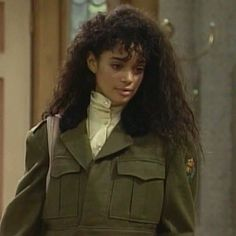 Lisa Bonet in A Different World. Black Girl Aesthetic, 90s Aesthetic, Lisa Bonet Cosby Show, Lisa Bonet Young, The Cosby Show, Vintage Black Glamour, Vintage Style, A Different World, French Actress
