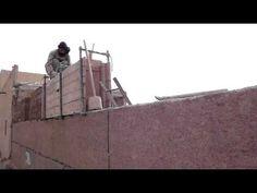 CONSTRUCIÓN DE MURO DE TAPIAL EN MERZOUGA 2 - YouTube