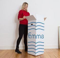 Unboxing Emma Mattress is as easy as opening a present!