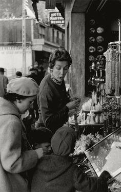 I Photo Central   Photo Detail   Henri Cartier-Bresson - Woman ...