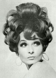 1960's UpDo