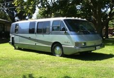 This 1986 Vixen RV is said to have originally belonged to the CEO of General Motors. That might explain the 455 V8 that powers this one instead of the BMW turbo-diesel that we usually see in these futuristic coaches. This one is said to be in excellent condition inside and out after a full restoration 30k miles ago. We want this as the BaT Race Support Vehicle (BaTRSV, for short).