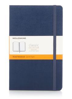 Moleskine Classic A5 gelinieerd notitieboek - 17,95 euro - Bijenkorf