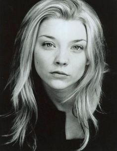 Natalie Dormer (born 11 February is an English actress. She is known for her roles as Anne Boleyn in the Showtime series The Tudors, Irene Adler in Elementary, and Margaery Tyrell in the HBO series Game of Thrones. Anne Boleyn, English Actresses, Actors & Actresses, Divas, Imogen Poots, Margaery Tyrell, Daenerys Targaryen, Stars Nues, Beautiful People