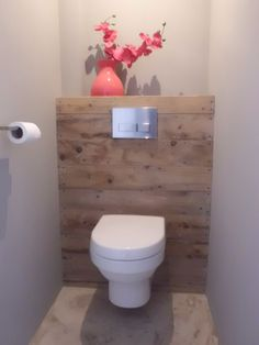 Is your home in need of a bathroom remodel? Here are Amazing Small Bathroom Remodel Design, Ideas And Tips To Make a Better. Bad Inspiration, Bathroom Inspiration, Home Decor Inspiration, Decor Ideas, Bathroom Layout, Modern Bathroom, Small Bathroom, Bathroom Designs, Guest Toilet