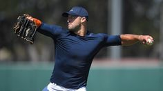 "Tim Tebow put on a baseball showcase and guess who declared it ""not too shabby?"" http://ift.tt/2bS6ksE Love #sport follow #sports on @cutephonecases"
