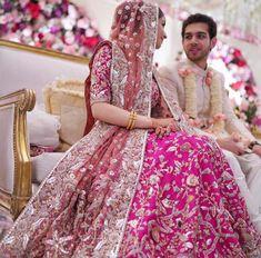 Bridal Dupatta, Bridal Mehndi Dresses, Pakistani Wedding Outfits, Designer Bridal Lehenga, Indian Bridal Outfits, Indian Bridal Lehenga, Bridal Dress Design, Pakistani Bridal Dresses, Pakistani Wedding Dresses
