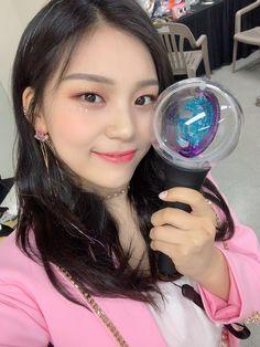 Kpop Girl Groups, Korean Girl Groups, Kpop Girls, Extended Play, Gfriend Profile, Kim Ye Won, Gfriend Sowon, Korean Girl Fashion, G Friend