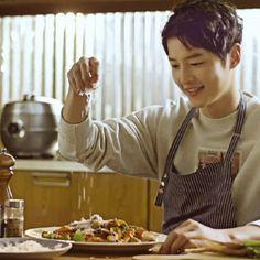 Descendants, Sung Jong Ki, Deep Rooted Tree, Soon Joong Ki, Oppa Gangnam Style, Sungkyunkwan Scandal, Songsong Couple, Yoo Ah In, Hallyu Star