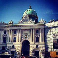 Michaelerplatz, central point of Wien, good starting point