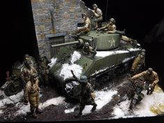 Used #MiniArt's Kit: 35070 U.S. TANK CREW. NW EUROPE http://miniart-models.com/products/35070/ 35172 U.S. MOTORCYCLE WLA w/RIDER http://miniart-models.com/products/35172/ 35182 U.S. SOLDIER PUSHING MOTORCYCLE http://miniart-models.com/products/35182/ Modeller: Wilfred Huisman Source: https://www.facebook.com/wilfredenmarielle/posts/1455153191234616 https://www.facebook.com/wilfredenmarielle/posts/1461731183910150