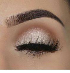 Eyes makeup great makeup | Inspiring Ladies 70s Makeup, Body Makeup, Prom Makeup, Makeup Tips, Makeup Ideas, Rave Makeup, Dead Makeup, Makeup 2018, Homecoming Makeup
