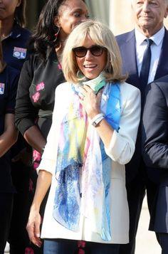 d087d9a56cf Brigitte Macron   pourquoi elle ne se sépare jamais de sa montre fétiche