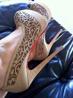 love the detail on this shoes, dressy elegant high heels shoes