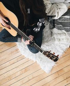 Read from the story El Hermano de Aaliyah Musician Photography, Girl Photography, Acoustic Guitar Photography, Music Love, Music Is Life, Elle Kennedy, Girls Dp Stylish, Guitar Girl, Music Aesthetic