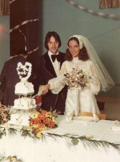 Rick and Deb 1970s Wedding, Vintage Wedding Photos, Vintage Weddings, Wedding Pictures, Wedding Cake Toppers, Wedding Cakes, Yes To The Dress, Bridal Style, Wedding Anniversary