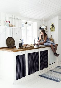 Modern Rustic Style In A Danish Summer House Home Decor Kitchen, Country Kitchen, Kitchen Interior, Kitchen Rustic, Küchen Design, House Design, Summer House Interiors, Scandinavian Cottage, Cabin Kitchens