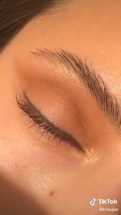 Eyeshadow Tutorial Natural, Smoky Eye Makeup Tutorial, Natural Eyeshadow, Makeup Looks Tutorial, Eyeliner Tutorial, Tutorial Make Up Natural, Makeup Eye Looks, Natural Makeup Looks, Cute Makeup