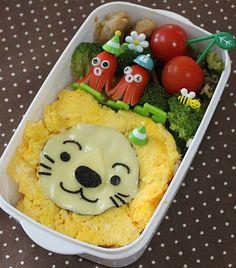 Lion Kyaraben Bento Lunch (Scrambled Egg, Cheese, Nori, Octdog)