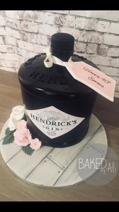 Hendricks gin cake 80 Birthday Cake, Birthday Cakes For Women, 80th Birthday, Zoe Cake, 21st Cake, Novelty Cakes, Cake Designs, Gin, Cake Decorating