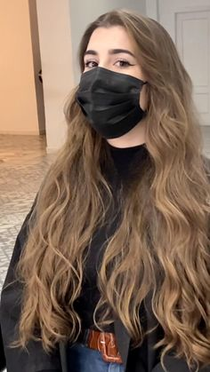 Highlights For Dark Brown Hair, Hair Highlights, Hair Color Underneath, Balayage Straight Hair, Ginger Hair Color, Long Hair Waves, Flat Iron Curls, Balayage Brunette, Ombre Hair Color