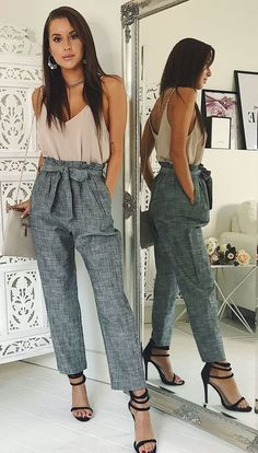 7c2f362590bb2 11 Best patterned pants - outfit images | Printed trousers, Woman ...