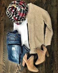 Fall layers | BP cardigan and plaid blanket scarf Fall outfit #casualfalloutfits #fallwomenclothing