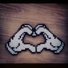 Love heart hama beads by javi_barchino maybe with mickey ears behind it Fuse Bead Patterns, Perler Patterns, Beading Patterns, Cross Stitch Patterns, Hama Beads Design, Diy Perler Beads, Perler Bead Art, Pixel Art, Art Perle