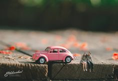Thai Wedding Photographer Turns Couples Into Cute Miniature People wedding photography subjects - Photography Subjects Miniature Photography, Toys Photography, People Photography, Creative Photography, Automotive Photography, Macro Photography, Photography Ideas, Wedding Photography Poses, Photography Business