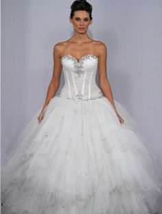 Pnina Tornai dream wedding gown from her 2011 Bridal Collection