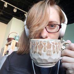 Perfectly sized cup of hot coco.  #kaitlynceramics #kaiceramics #kai #kaitlynchipps #mudfire #madeatmudfire #handmade #handmadepots #handmadeceramics #gasfired #reductionfired #madeinatlanta #handmadeinatlanta #mug #mugshot #doublemugshot #carvedmug #cidermug #cappuccinomug #perfecthotchocolate