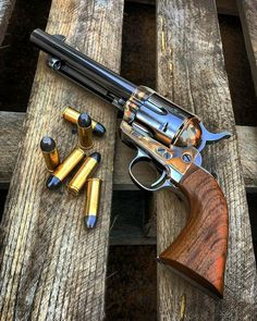 "gunshub: ""Colt Single Action Army 1873 ""s Colt Single Action Army, Single Action Revolvers, Weapons Guns, Guns And Ammo, Revolver Pistol, Custom Guns, Hunting Guns, Cool Guns, Le Far West"
