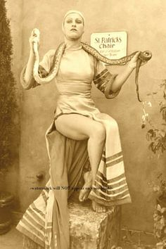 Old Circus, Circus Art, Night Circus, Vintage Circus Photos, Vintage Circus Performers, Vintage Clown, Freak Show Circus, Creepy Circus, Haunted Circus