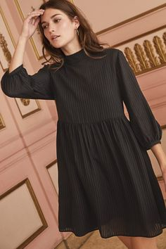Alina Baby Doll Dress (Black Stripe) – Dresses – Amour Vert - Alina Baby Doll Dress (Black Stripe) – Dresses – Amour Vert Source by stichborne - Stylish Dresses, Elegant Dresses, Cute Dresses, Casual Dresses, Fashion Dresses, Dusty Pink Bridesmaid Dresses, Mein Style, Designs For Dresses, Leopard Dress