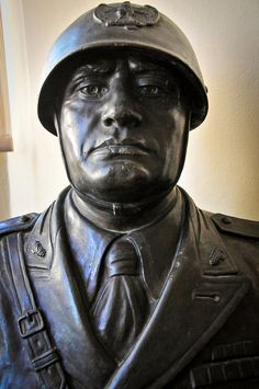 What's a dictator without a bust or two?! #Mussolini