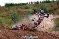 Cross crash