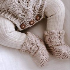 Baby Patterns, Crochet Patterns, Baby Shower Game Gifts, Baby Kimono, Fingerless Gloves, Arm Warmers, Fashion, Fingerless Mitts, Moda