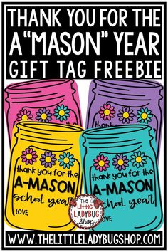 Free Gift Tags for Teachers, Colleagues, Parent Volunteers and more! These gift tags are easy to print and hang on gift! Freebie Perfect for teachers appreciation. #teacherthankyou #schoolgifttags