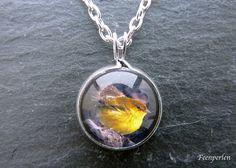 CollierKette / Halskette Vögelchen im Regen von Feenperlen auf DaWanda.com