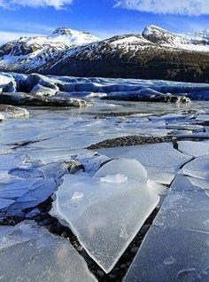Исландия / Живой лёд глобальных вопросов