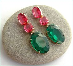 Green/pink /Gold crystal Swarovski earrings luxe Boucles Pink And Gold, Swarovski, Crystals, Green, Earrings, Etsy, Unique Jewelry, Boucle D'oreille, Locs