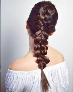 100 of the Best Braided Hairstyles You Haven't Pinned Yet via Brit + Co # side Braids black hair Second Day Hairstyles, Side Braid Hairstyles, African Hairstyles, Curly Hair Braids, Two Braids, Curly Hair Styles, Side Braids, Updo, Black Hair With Highlights
